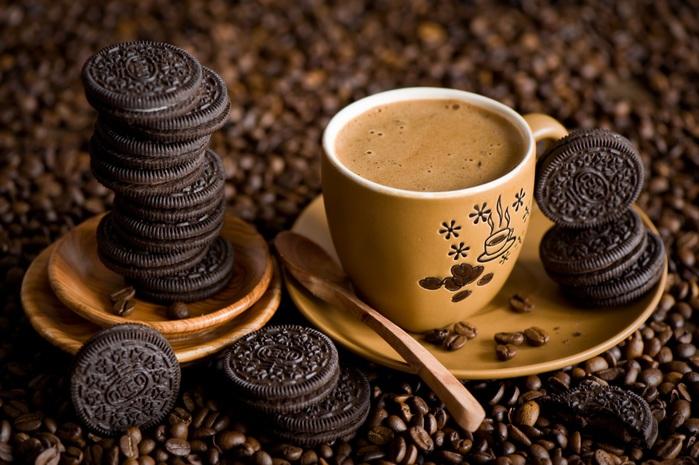 3779070_Drinks_Coffee_Cookies_437737 (700x465, 120Kb)