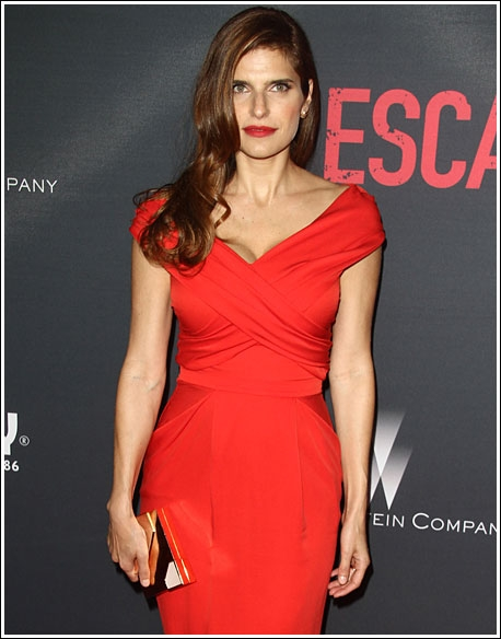 lake-bell-red-escape-august-01 (458x584, 129Kb)