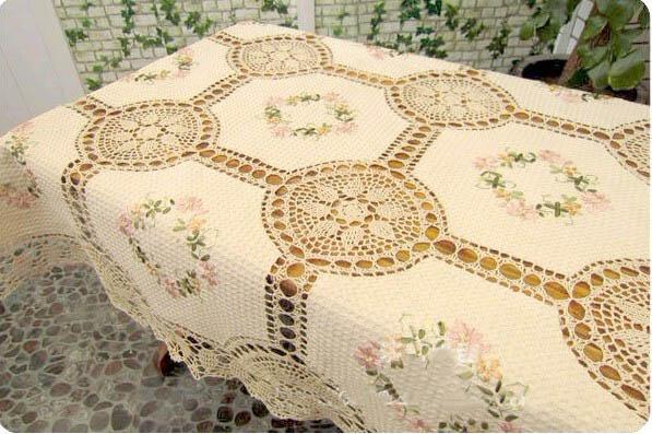 Вышивка льняной скатерти лентами