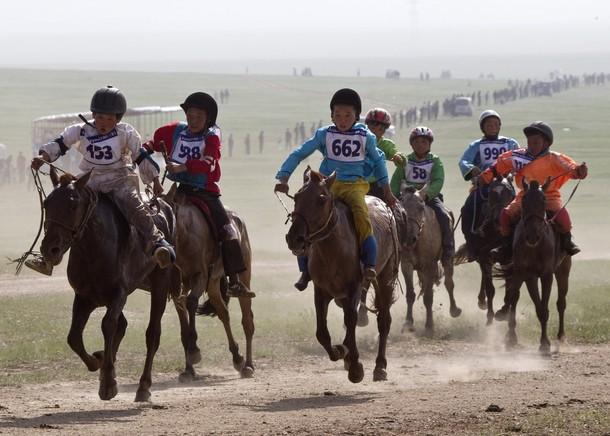 ������ ��������� � ����-������ (Naadam Festival in Ulan Bator), ��������, 10 ���� 2012 ����