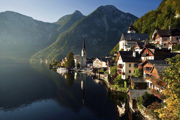 Очень живописный город Hallstatt в Верхней Австрии (604x403, 53Kb)