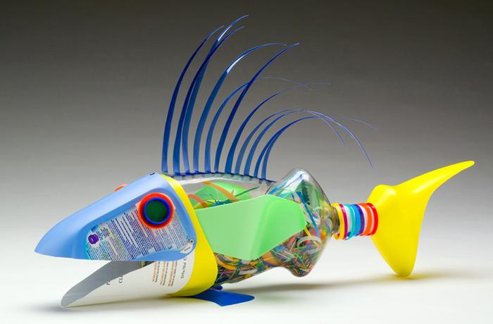 David Edgar пластиковые рыбы 6 (700x460, 248Kb)