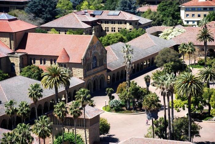Стэнфордский университет - самый красивый университет в США 5 (700x469, 159Kb)