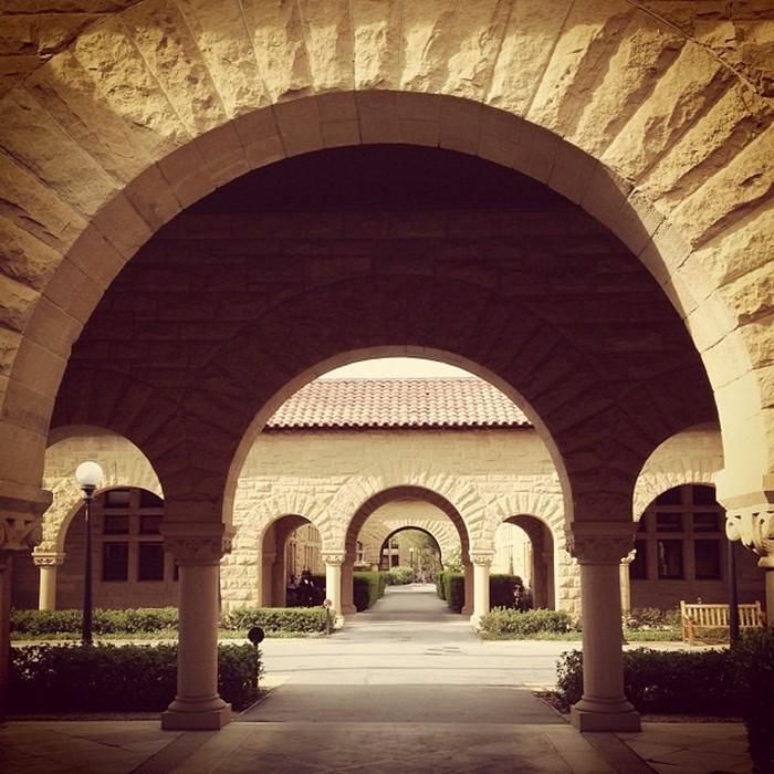 Стэнфордский университет - самый красивый университет в США 22 (700x700, 136Kb)