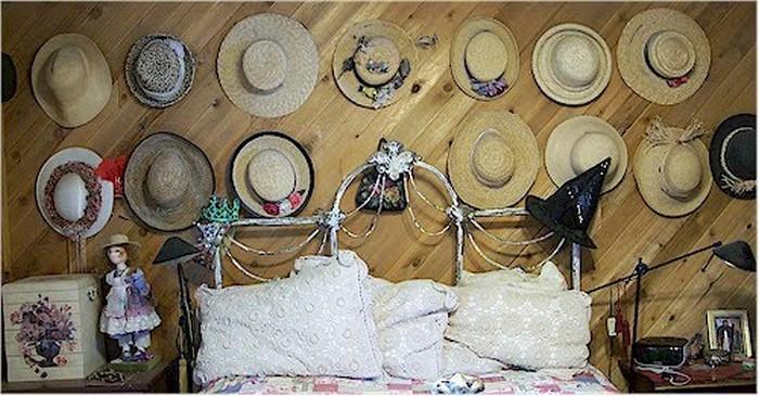 Настенный декор интерьера с помощью шляп 7 (700x365, 100Kb)