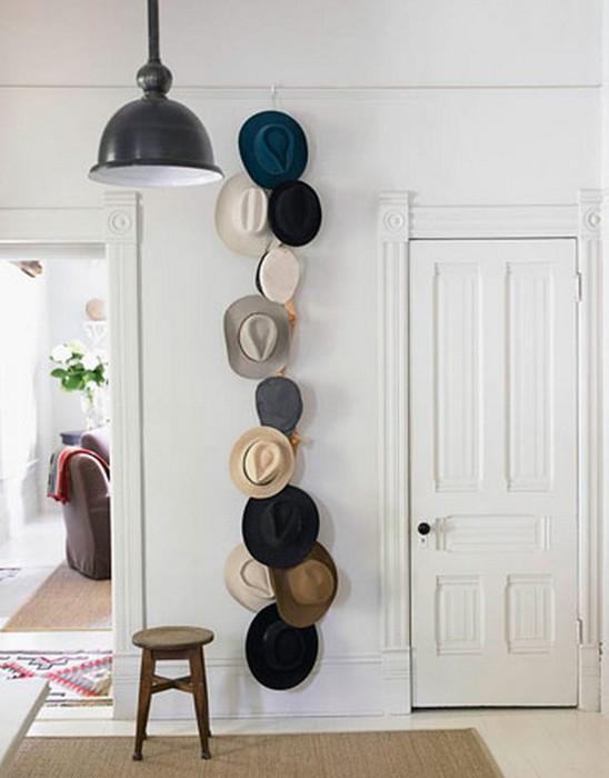 Настенный декор интерьера с помощью шляп 12 (548x700, 58Kb)