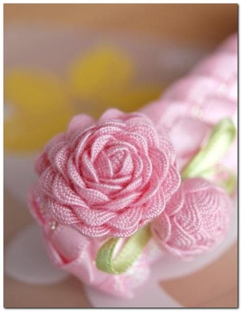 Цветы из тесьмы своими руками фото