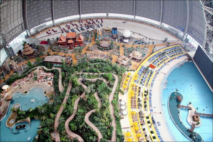 Tropical Islands Resort  аквапарк в германии 3 (700x466, 131Kb)