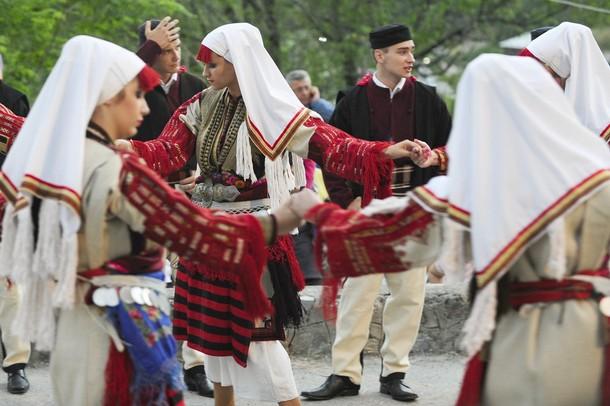 Петров день (Petrovden) в западной македонской деревне Галичик, 15 июля 2012 года/2270477_352 (610x406, 73Kb)