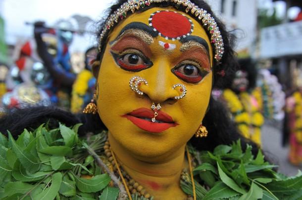 Боналу фестиваль (Bonalu festival) в Хайдарабаде , Индия, 16 июля 2012 года