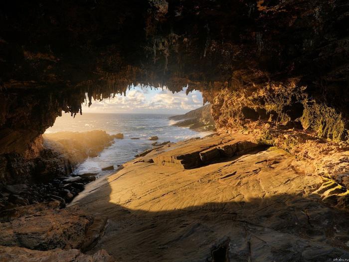 cave-2 (700x525, 182Kb)