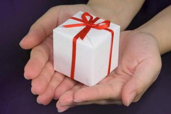подарки (349x232, 30Kb)