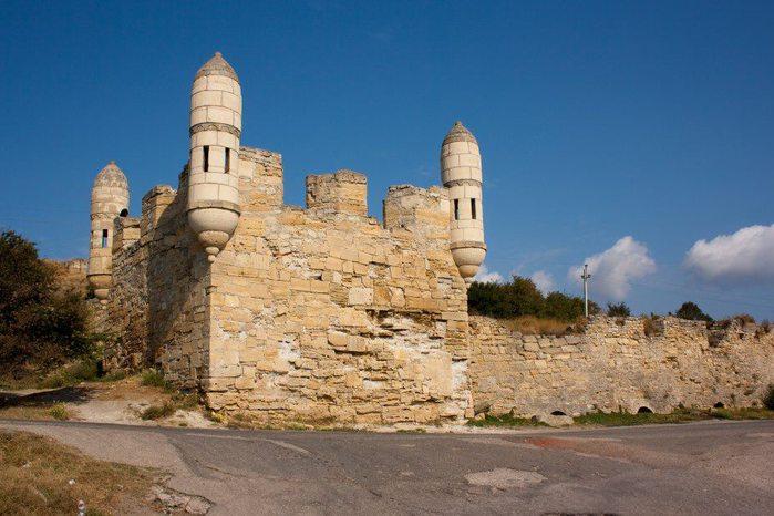 Єні кале турецька фортеця керч 700x466