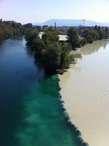 Слияние двух рек - Рона и Арва. Женева, Швейцария (358x480, 19Kb)