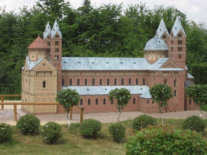 Парк миниатюр в Германии - Miniwelt Lichtenstein, Sachsen. 32366
