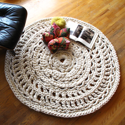 钩编一个特大的地毯。 - maomao - 我随心动