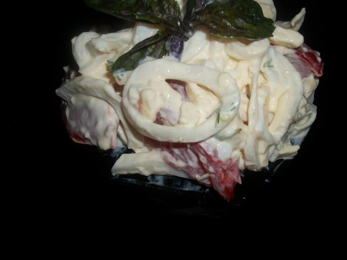 салат с кальмарами 013 (700x525, 266Kb)