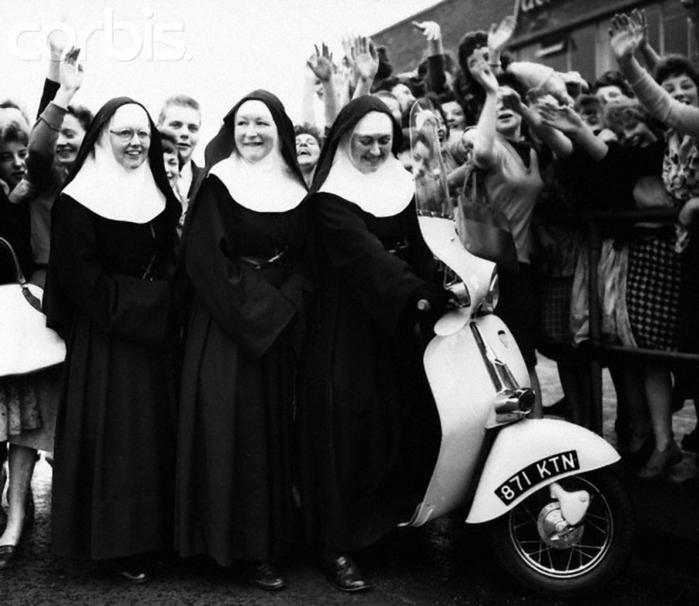 веселая монашка фото 19 (700x606, 216Kb)