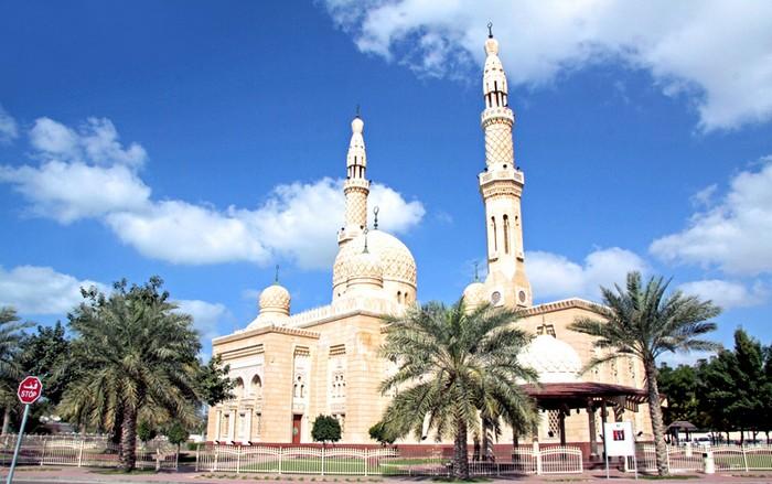 Мечеть Джумейра - жемчужина Дубай 3 (700x439, 94Kb)