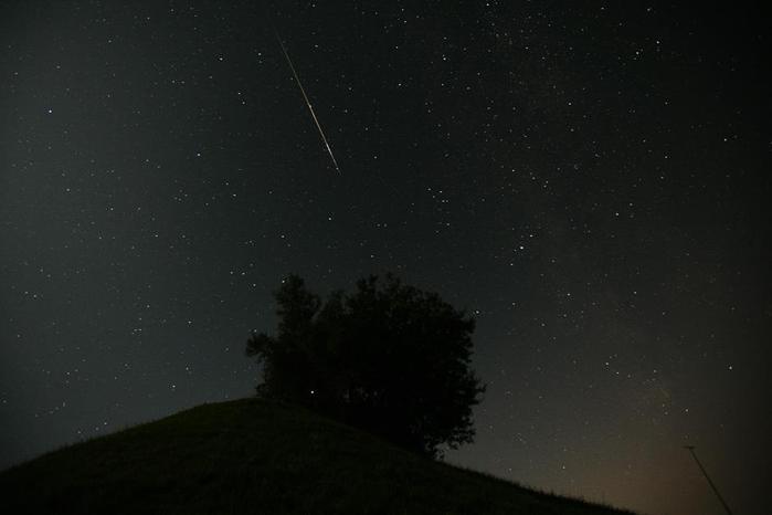 метеоритный поток3 (700x466, 17Kb)
