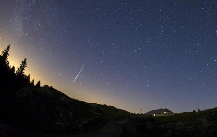 метеоритный поток5 (700x443, 28Kb)