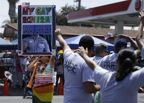 Гей-парад американских военнослужащих в Сан-Диего, 21 июля 2012 года