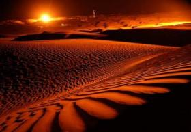 the-taklamakan-desert-at-sunset-xinjiang.jpg 460×317 пикселей (280x193, 10Kb)