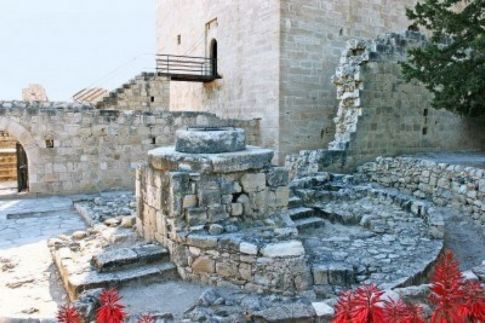 Замок Колосси - фото-путешествие на Кипр 10 (700x467, 116Kb)