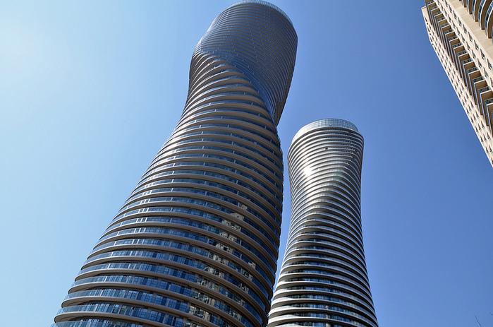 башни Абсолют Тауэрс фото 2 (700x463, 180Kb)