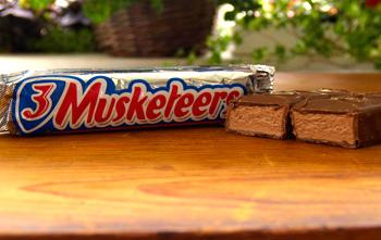 3-musketeers-bar (350x221, 38Kb)
