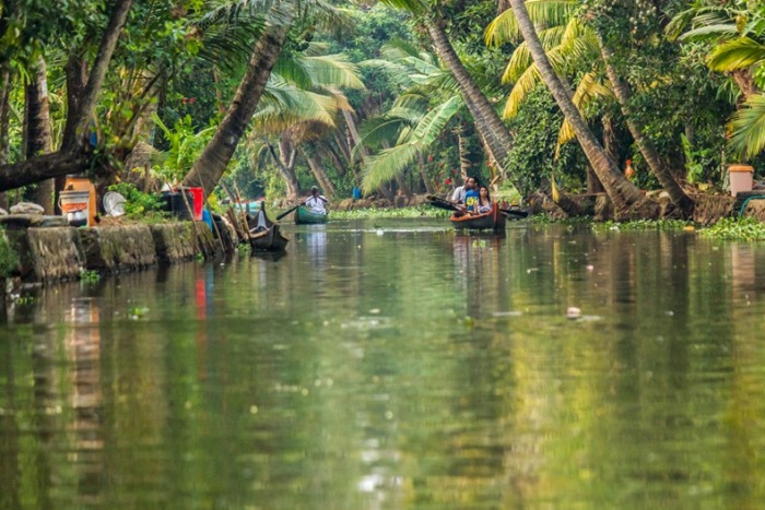 kerela-backwaters-2 (700x467, 122Kb)