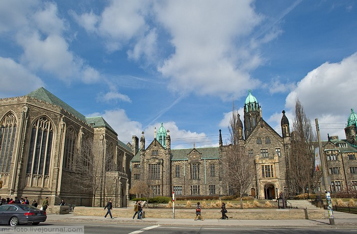 Фото-путешествие в Университет Торонто 2 (700x460, 103Kb)