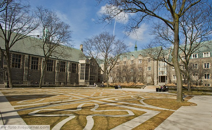Фото-путешествие в Университет Торонто 10 (700x428, 141Kb)