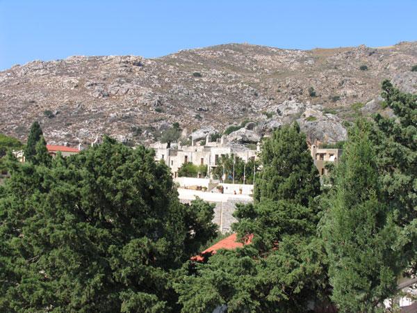 Монастырь Превели2 (600x450, 98Kb)