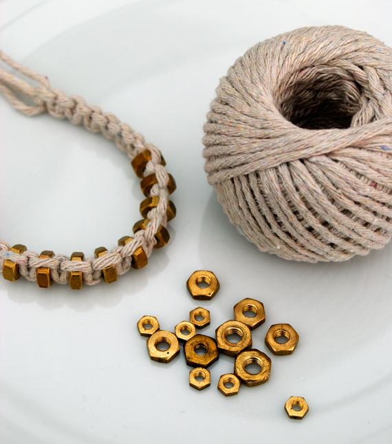 hexnut-bracelet-1 (570x645, 144Kb)