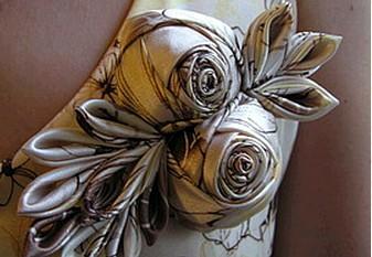 Цветок-роза украшение из ткани-ленты ,мастер-класс/4683827_20120727_182116 (337x233, 30Kb)