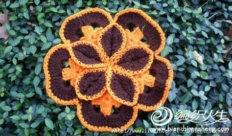Цветы для украшения вязаные крючком из мотивов/4683827_20120728_220525 (474x278, 142Kb)