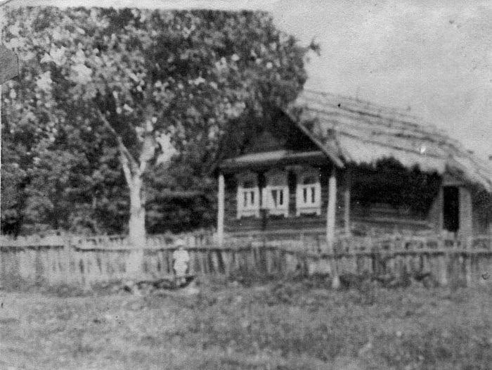 могильцы_дом (700x526, 71Kb)