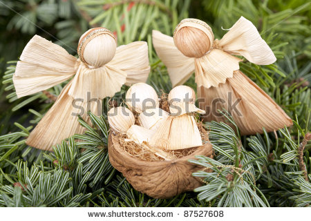 stock-photo-angels-and-babies-corn-leaves-decoration-for-christmas-87527608 (450x320, 59Kb)