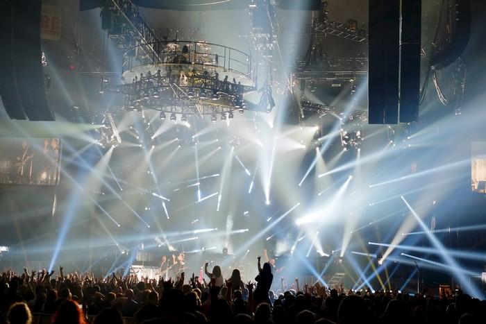 Любите ли вы живые концерты 3 (700x467, 86Kb)