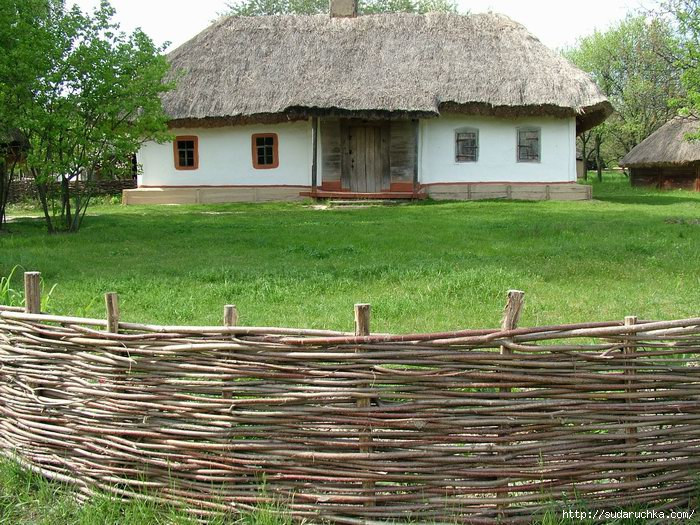 Тын из орешника (лещины):Фасадные материалы в Сумах - Строительные материалы на RIA.ua