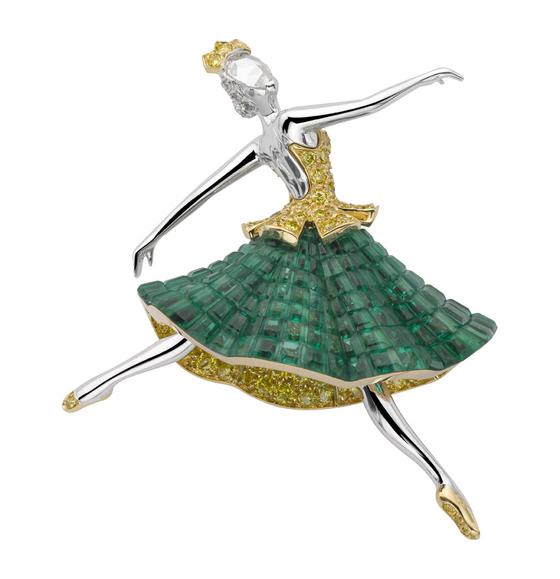 1338893833_088606_32.jpgБрошь Esmeralda из коллекции Ballet Precieux (560x579, 144Kb)