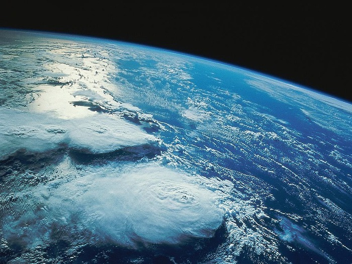 4278666_earthfromspace (700x525, 164Kb)