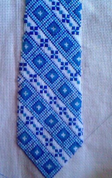 Вышитые галстуки.Идеи,схемы.