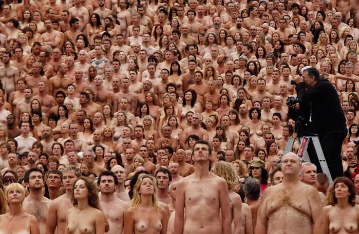 Спенсер Туник фото обнаженных людей 20 (700x457, 129Kb)