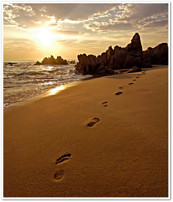 footprints-sand2 (598x700, 295Kb)