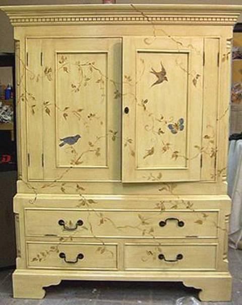 Как покрасить старый шкаф своими руками