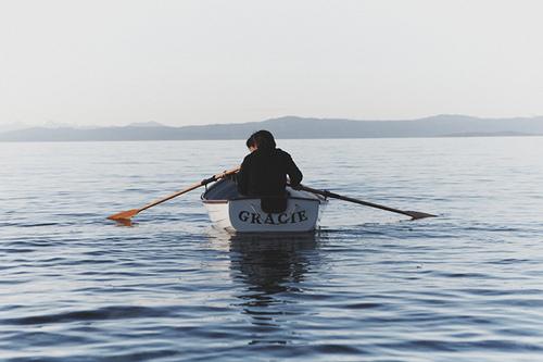 пока вы не научитесь управлять веслами бесполезно менять лодку рави шанкар