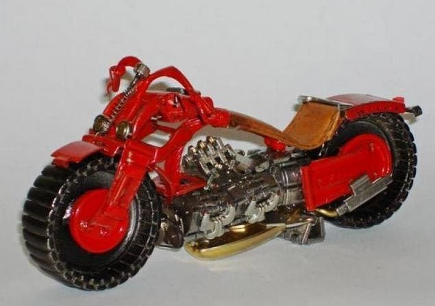 креативный мотоцикл/
