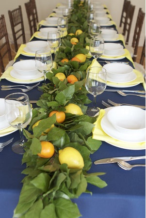 lemon-leaf-garland-long-table (301x450, 53Kb)